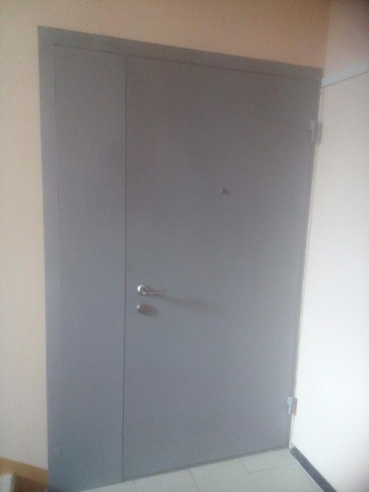 сколько стоит железная дверь с установкой в тамбуре
